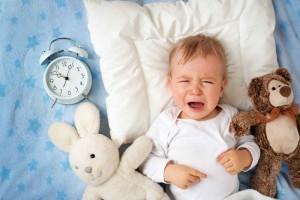 10天宝宝一哭嘴唇发紫的原因宝宝哭闹嘴唇发紫怎么办